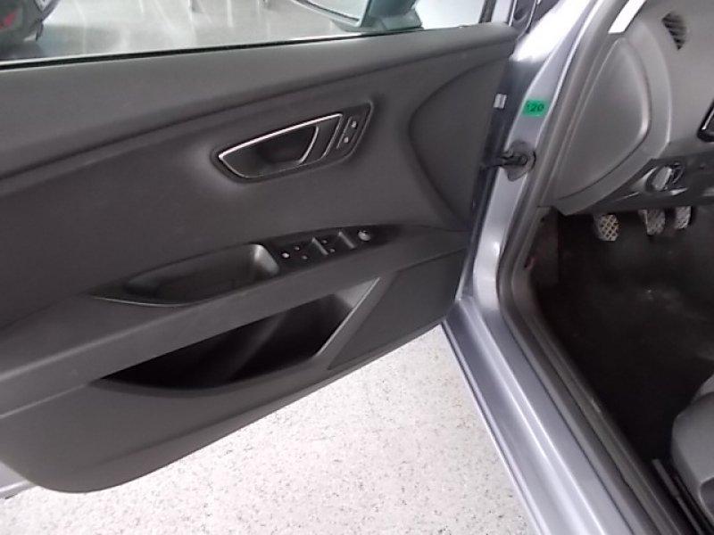 SEAT Nuevo León 1.6 TDI 110cv St&Sp Style Connect Plus