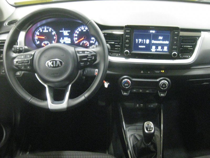Kia Stonic 1.0 T-GDi 120CV Drive Drive