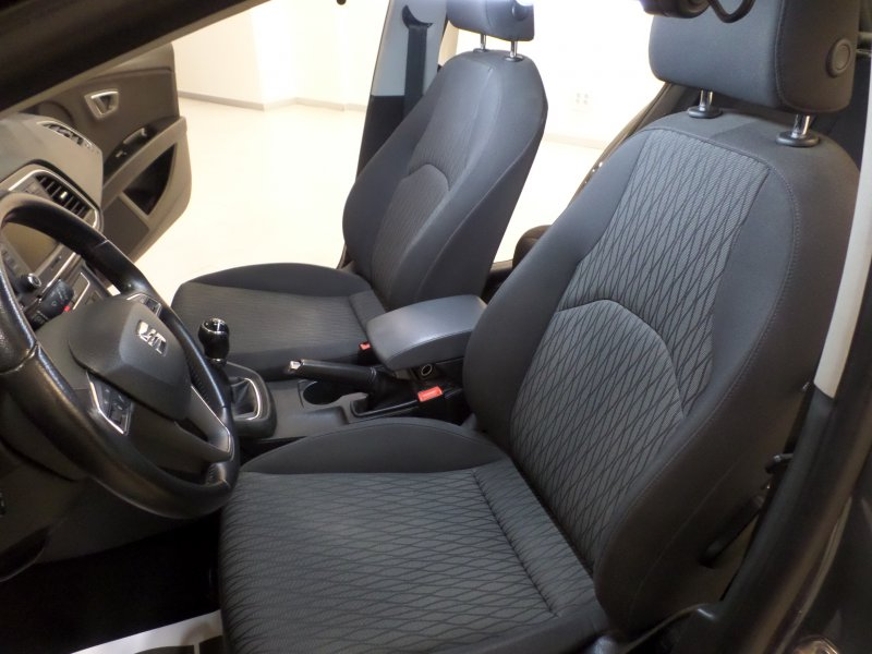 SEAT Nuevo León 1.6 TDI 110cv St&Sp Style Connect Plus