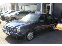 Mercedes-Benz Clase E E 300 TD ELEGANCE