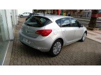 Opel Astra 1400 TURBO SELECTIVE